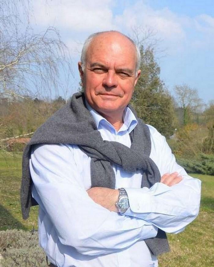 Didier Tauzin, dit Thibault, né le 24 septembre 1950 à Dakar